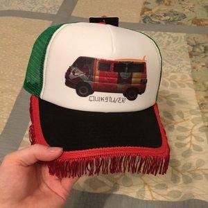 Quiksilver Trucker hat 🧢 really stylish